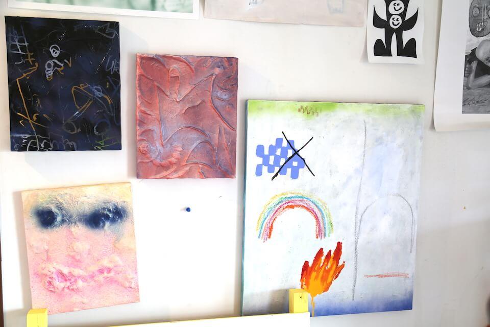 ヒラパー・ウィルソン | グローバルに活躍する画家/ブリコルールの原点とクリエイティビティ