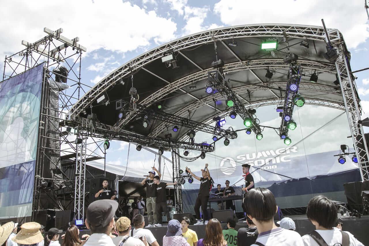 Normcore Boyz | 「あのステージに立った人にしか味わえない最高の景色」巨大フェス出演を経て、さらなる進化を続けるラップクルー